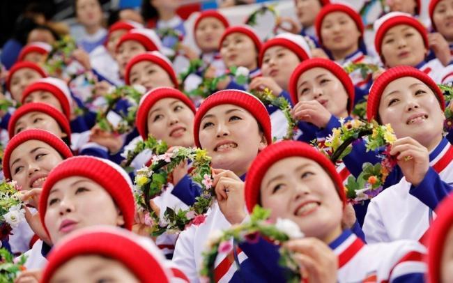 """曝朝鲜啦啦队被迫当""""性奴""""提供性服务"""