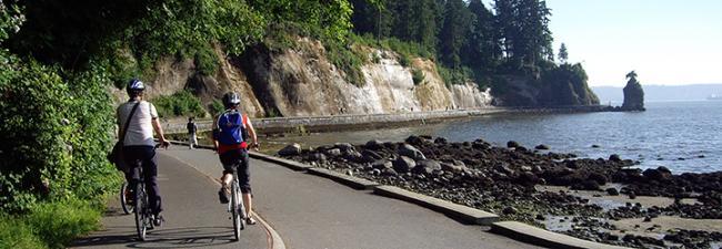 Stanley-Park-Seawall-biking-720-250px.jpg