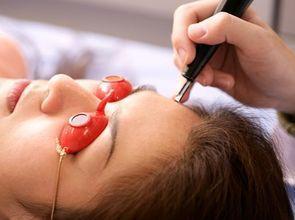 可致皮肤癌!卑诗华裔女子被医学会禁为顾客除痣