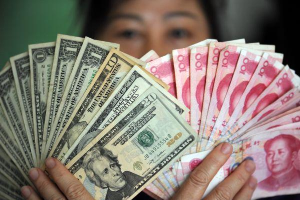 贸易反击:全球都抛售美债 中国或祭王牌