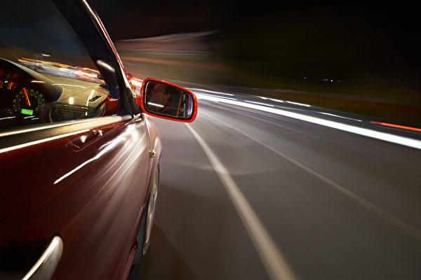 明年起尊宝娱乐将执行车辆照明新规 幽灵车将成历史