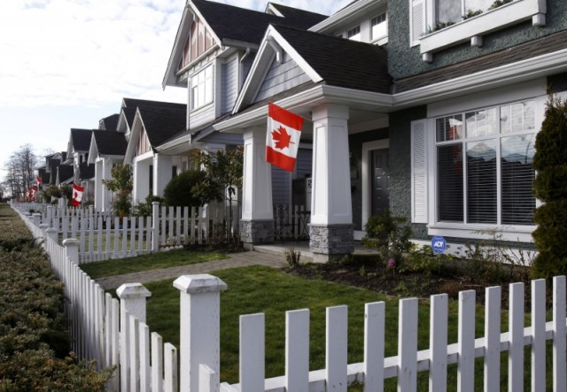 加拿大GDP意外萎缩 特斯拉面临破产