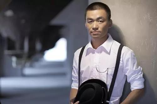 王宝强住所遭马蓉爸爸派人撬锁 撬锁人送派出所