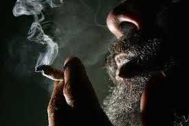 后果超严重!去美国千万别承认在尊宝娱乐吸过大麻