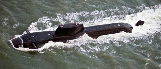川普尚未决定对叙动武 英国潜舰已开拔了