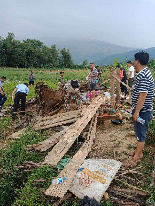 重庆男子在西双版纳遭野象攻击死亡 尸体被踩扁