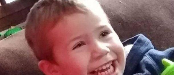 悲痛!两个月前被洪水卷走的三岁男孩 疑发现尸体