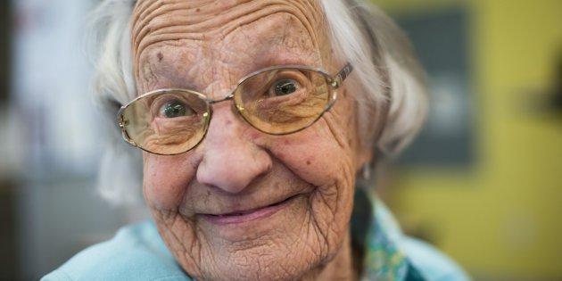 加拿大最高龄献血者的健康秘诀 95岁已献血70年