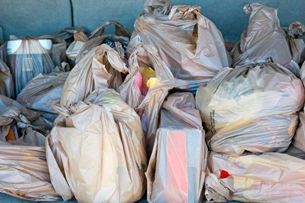 温哥华白色污染严重  每周竟消耗200万个塑料袋