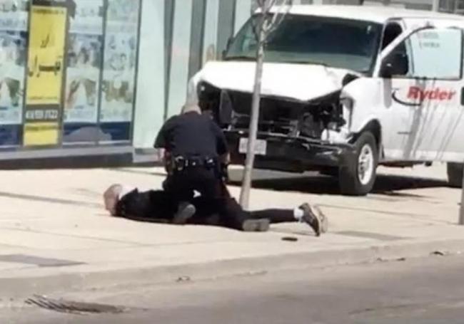 多伦多10死15伤案:华人警察成孤胆英雄