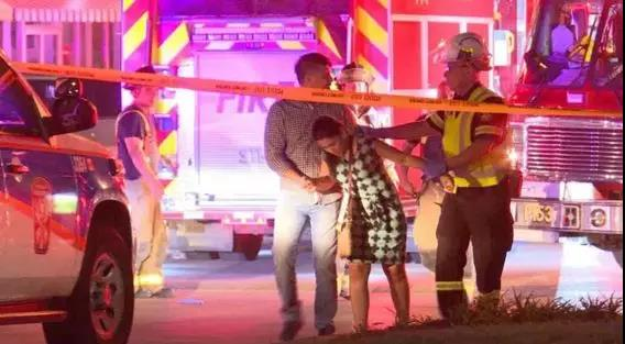 多伦多餐厅致命爆炸袭击 15人受伤 嫌犯在逃