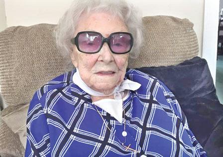 历两次世界大战 铁达尼沉没 108岁女士与世长辞