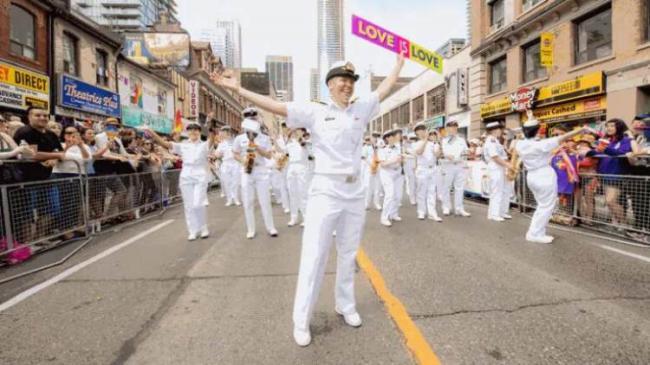 道歉还送钱?联邦法院与军队同性恋群体达成和解