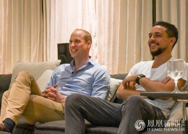 威廉王子和约旦王储一同观看世界杯