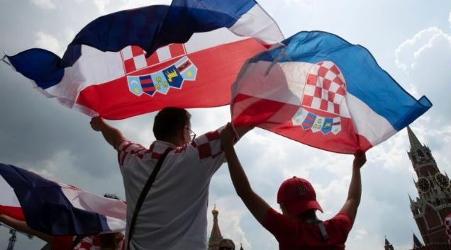 尊宝娱乐人全神贯注世界杯决赛,法国夺冠
