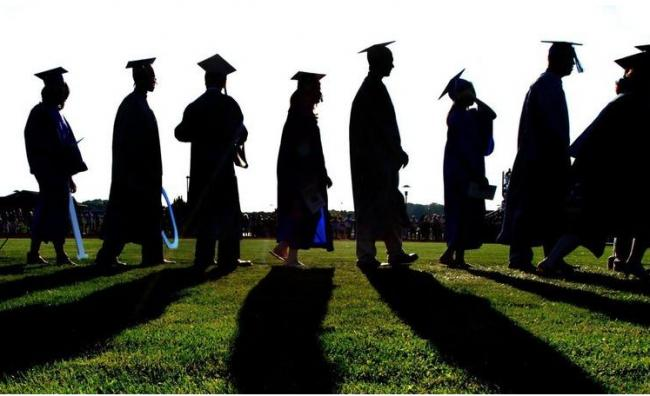 几十万亚裔学生慌了!美数百所大学取消入学考试