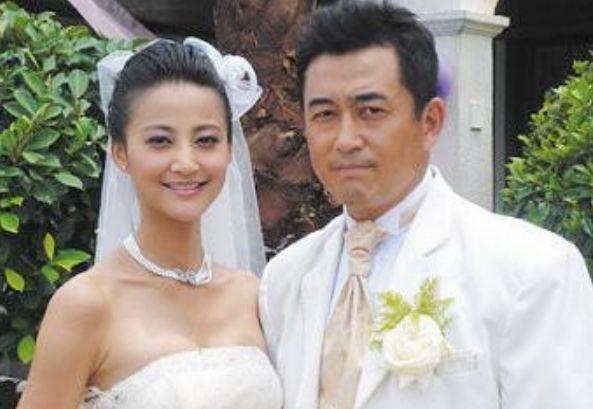 三年两次闪婚被前夫说恶心 现任老公把她宠成公主