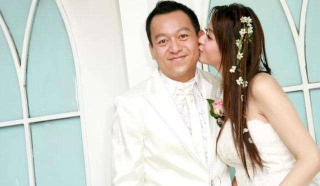 她25岁嫁入豪门地位似保姆 5年生3女成生子机器