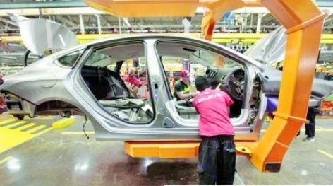 25%汽车关税将重创美加 安省及8州汽车业将停产