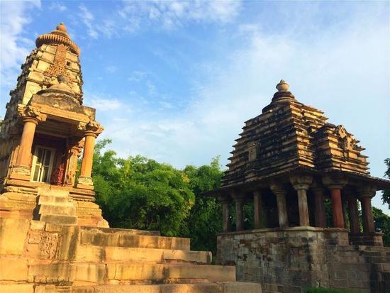 尼泊尔人究竟有多开放?看他们的寺庙就知道了