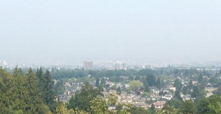 卑诗山火肆虐 北温哥华空气污染超北京