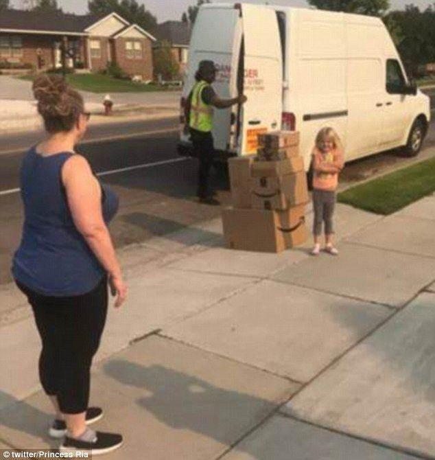 6岁女孩用妈妈账户买两千元玩具 还送货上门