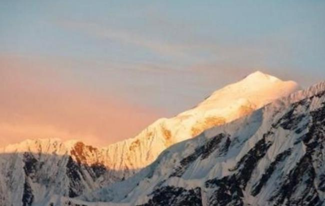 喜马拉雅山深处 有一个海拔更高的王国