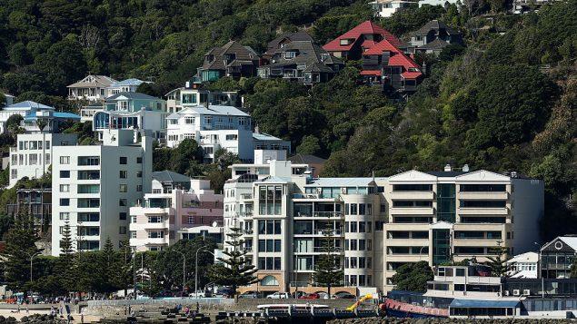 效仿新西兰,卑诗或将禁止外国人买房?