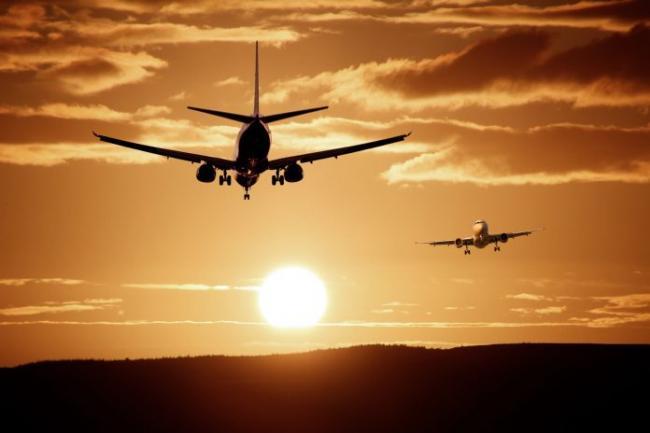 aircraft-landing-reach-injection-47044-696x464.jpeg