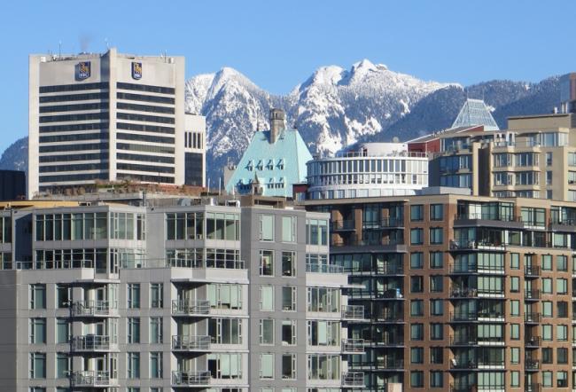 vancouver-condos-mountains.jpg