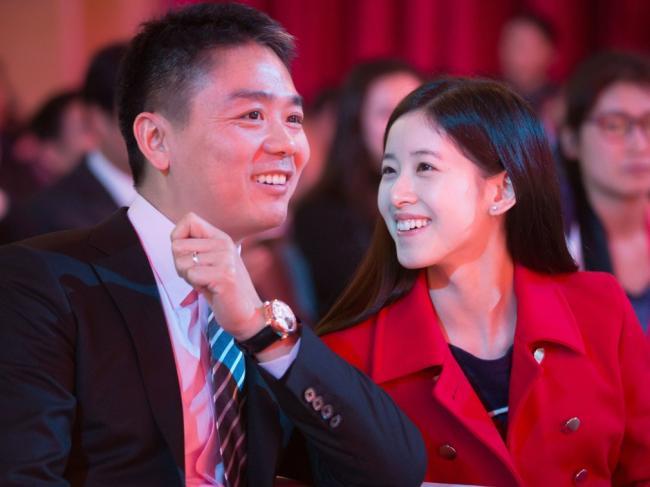 刘强东为何娶章泽天 中国著名评论人一语道破