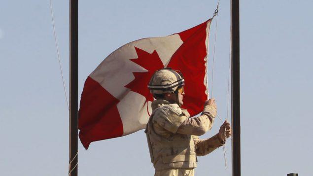 soldat-armee-canadienne-stock-635x357.jpg