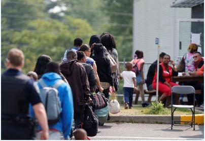 边境难民激增!加拿大的难民系统要崩溃了