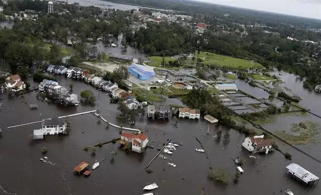 美飓风酿15死!非法移民宁死不求助