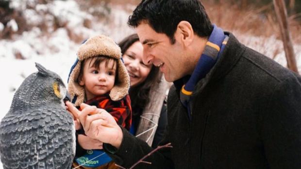 1岁多男婴电线缠颈托儿所惨死 父母恐慌
