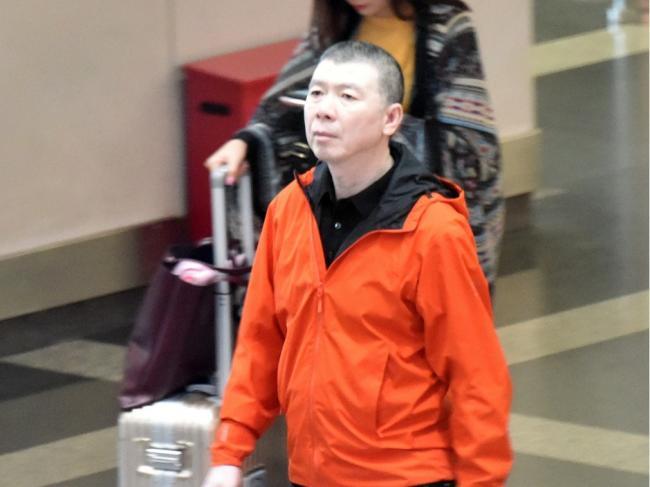 冯小刚疑遭封杀:中国娱乐圈或陷入更大风暴