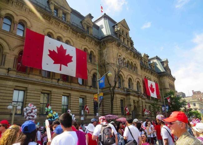 加拿大不待见中国游客 无限期禁止中国移民