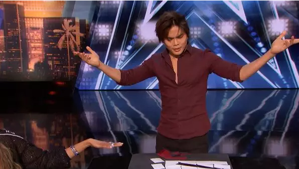 史上第一人!加籍华裔《美国达人秀》夺冠