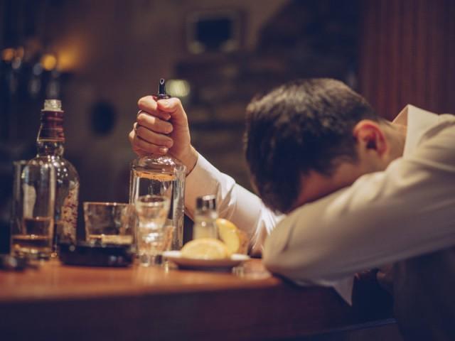 全球每20人就有1人死于酒精危害 欧洲消费最大