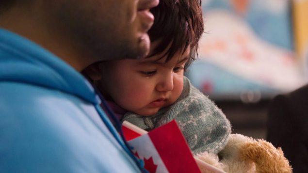 难民申请者抱怨孩子进不了政府补贴的托儿所
