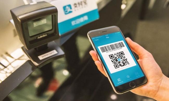 7-Eleven领跑加拿大 开始接受支付宝及微信支付