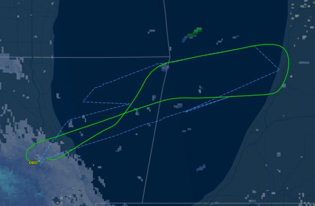 夫妻打架!美联航飞多伦多航班半途折返