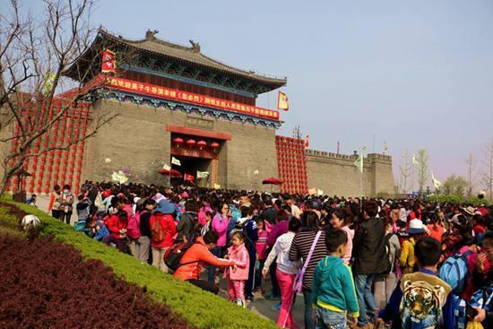 中国游客的哪些做法是不被外国人所接受的?
