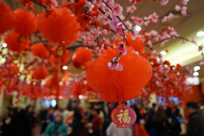 温哥华年货庙会热闹上演  开启浓浓中国年