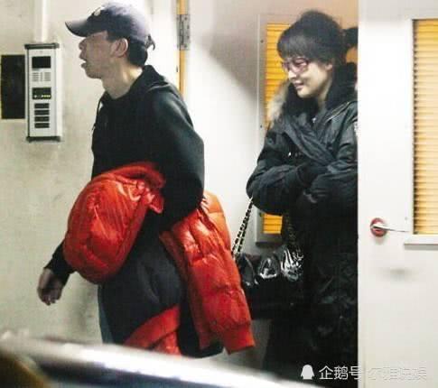 曾与冯小刚夜宿8小时 不守妇道被男友闯家抓包