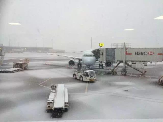 大温渡轮停摆机场安检排长龙 雪还要下