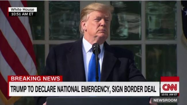 川普要干啥?美国进入紧急状态:用80亿美元建墙