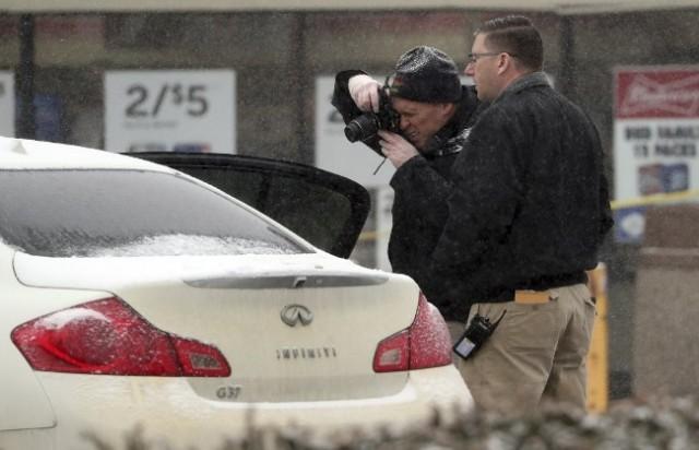 纽约男开车撞一家8口致怀孕母身亡 只因…