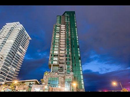 温哥华最贵的五个社区和这些社区中最贵的房子之四,位于煤港区(Coal Harbour)最贵公寓。