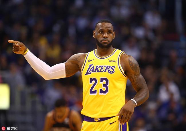 詹姆斯职业生涯总得分超越乔丹 列NBA历史第4